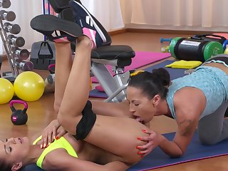 Special gym oral fun between two lesbians that turn up hot