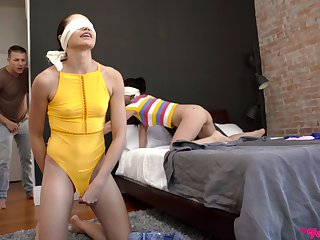 Frolicsome threeway fucking with babes Alina Lopez and Avi Love