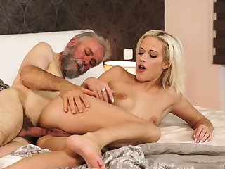 Old young creampie Floor your girlplaymate together with she